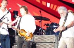 """Paul McCartney, Bob Weir, and Rob Gronkowski: """"Helter Skelter"""" at Fenway Park 7/17/16"""
