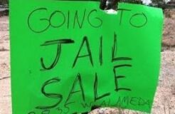 30 Brutally Honest Yard Sale Signs… You'll Die Laughing At #26